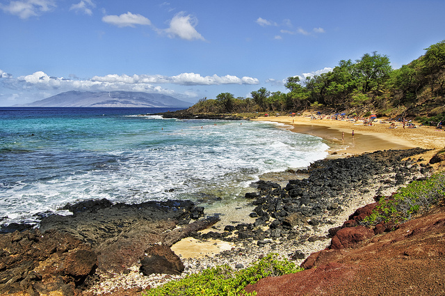 Going Au Naturelle at Mauis Little Beach | Only In Hawaii