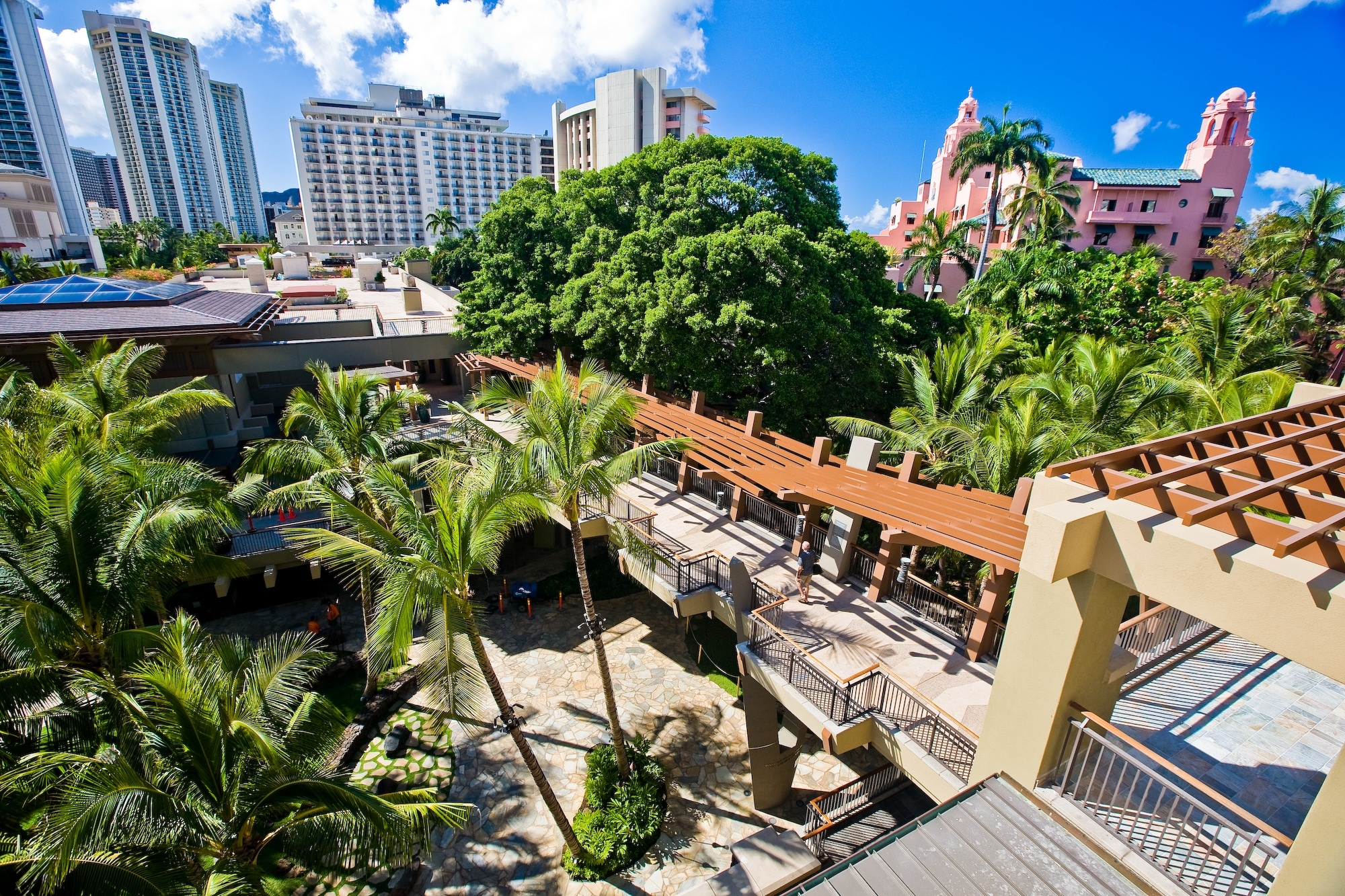Royal Hawaiian Center A Commercial Cultural And