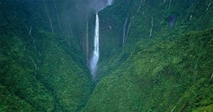 Waterfalls of Hawaii - Kahiwa Falls