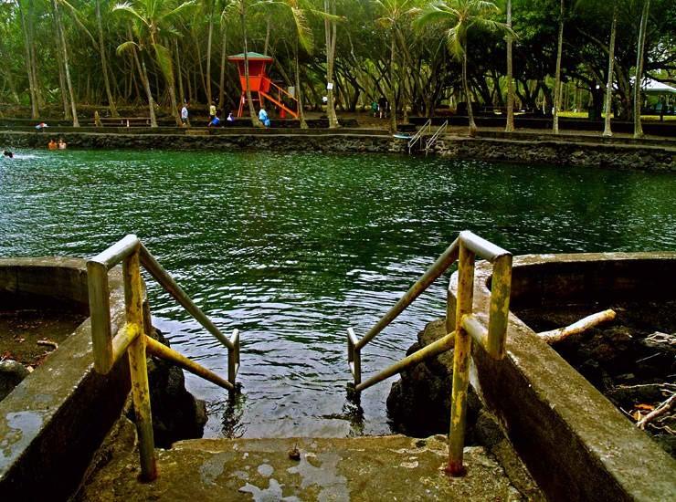 Ahalanui Hot Pond - Big Island
