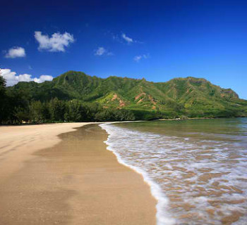Kahana Bay Beach Park - Oahu, Hawaii