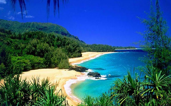 Lumahai Beach in Kauai, Hawaii