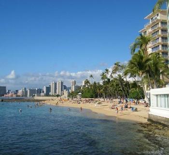 San Souci Beach - Oahu, Hawaii