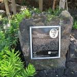 Keauhou Bay - Plaque marks birthplace of Kamehameha III