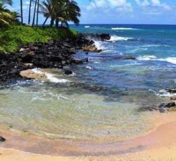 Keiki Cove Beach - Kauai, Hawaii