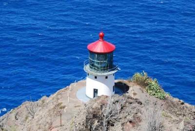 Ka Iwi State Scenic Shoreline - Makapu'u Point Lighthouse