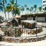 Kuhio Beach Park - Stones of Kapaemahu