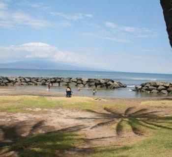 Launiupoko Beach Park - West Maui, Hawaii