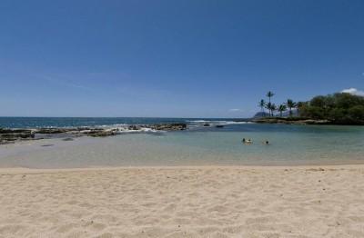 Lanikuhonua Beach - Oahu, Hawaii