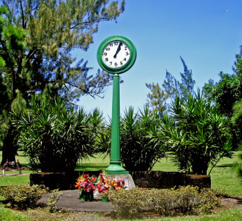 Hilo Clock - Big Island, Hawaii