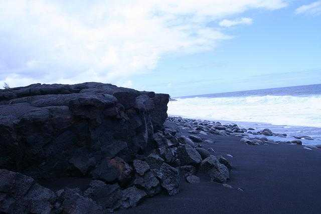 Kaimu Black Sand Beach - Kalapana, Hawaii